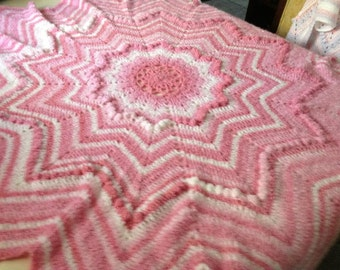 Crocheted puffy round ripple star shaped baby afghan
