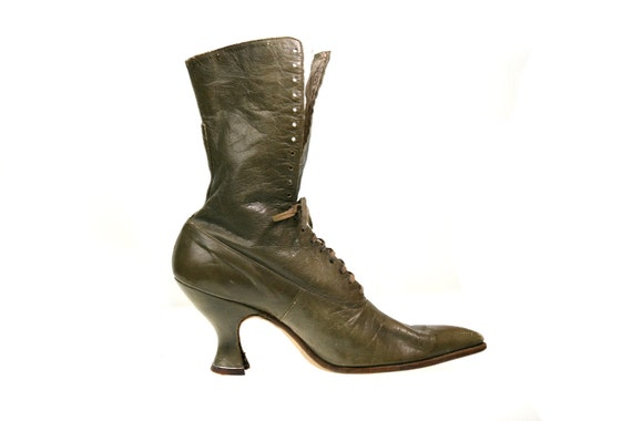 Size 7 / 7.5 / 8 Victorian / Edwardian Lace Up Granny Boots, Olive Gray Leather