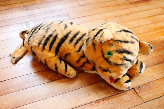 Vintage Stuffed Animal Laying Tiger Cat Carnival Toy