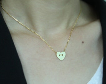 Heart button necklace in gold- dainty bridal or everyday jewelry, simple necklace - EG1019