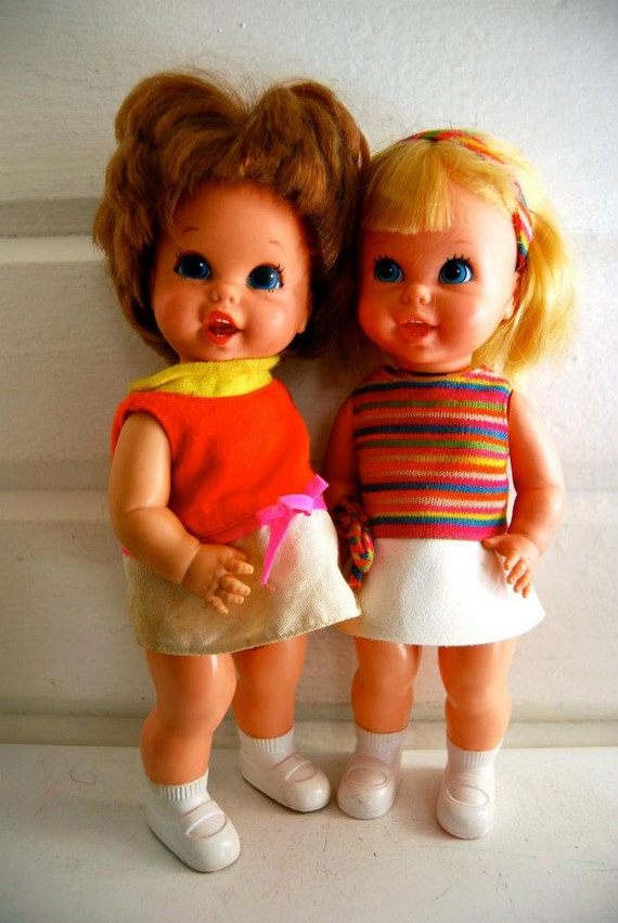 Pair Of Vintage Sister And Baby Small Talk Dolls With Case On