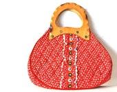 Red Vintage Handbag With Wooden Handle