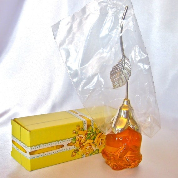 Vintage Avon Courting Rose Perfume Bottle Mint In Box From