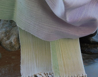 Light summerscarf, handwoven, handdyed