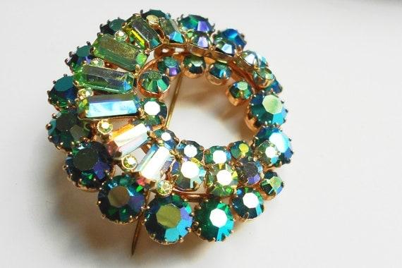 Vintage rhinestone Juliana brooch, blue green aurora borealis sparkling stones