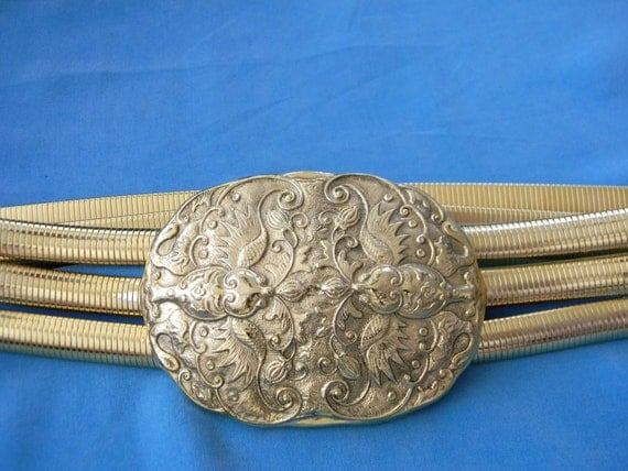 Accessocraft, NYC, Brilliant Vintage Gold Tone Stretch Belt, Large Accent Pieces, 80s