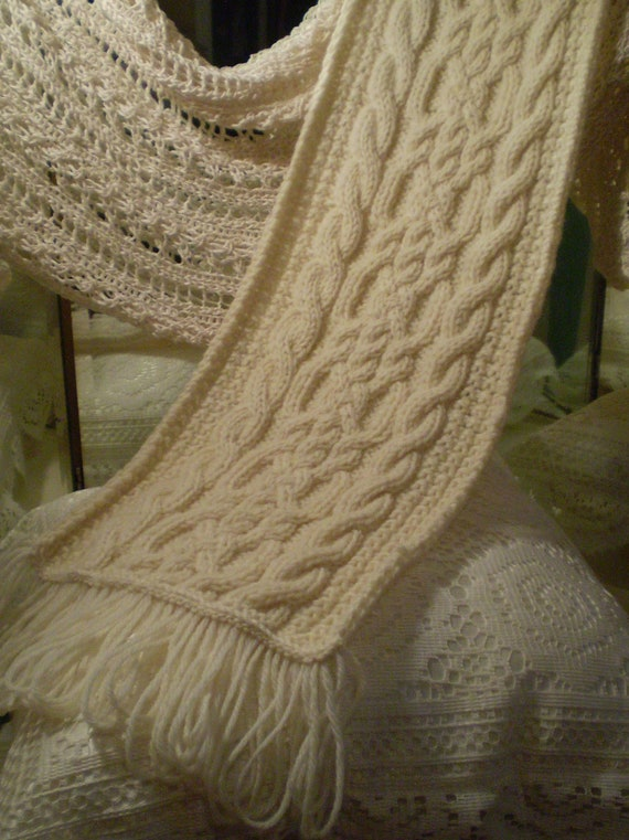 Cream Celtic Knot / Aran Knit Cable Scarf in Fisherman's Wool