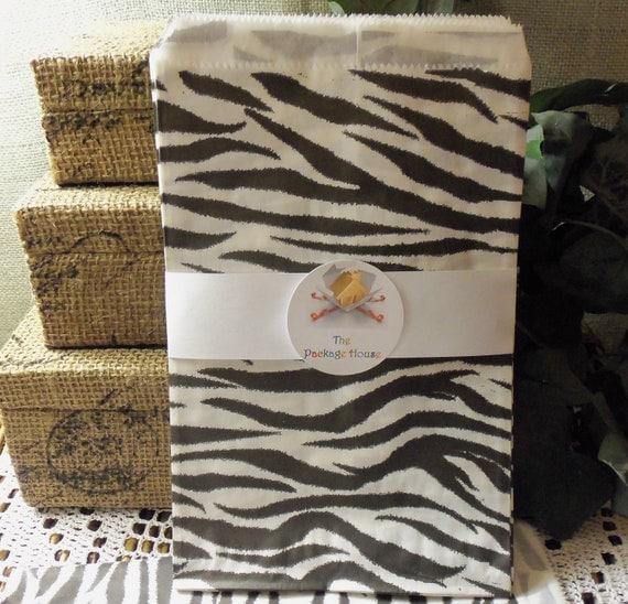 50 Zebra Stripe 6x9 Paper Gift Bags, Gift Bags, Merchandise Bags, Favor Bags