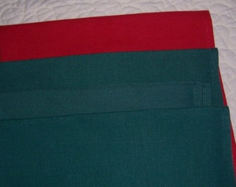 "Cloth Napkins 18"" square poly blend dinner napkin red green"