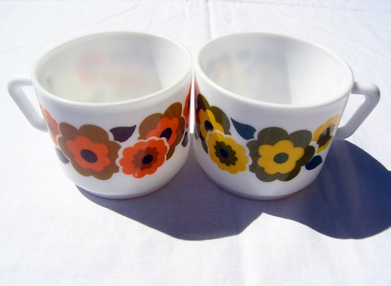Funky 70s Floral Mugs Vintage 1960s 70s Tea Cups By