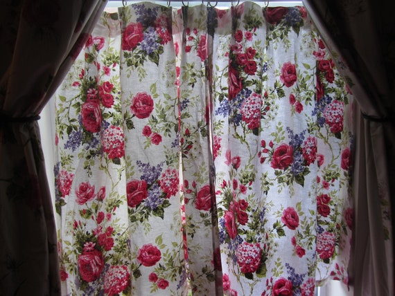 Charming english cottage floral curtains by outthewayvintage for English floral curtains