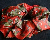 Pet Neck Ruff-Vintage Fabric Hand-printed in Japan - possibly 1940s-1960s - Sized for TOY breeds - 6 inch