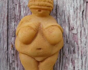 venus of willendorf GODDESS beeswax ornament , cinnamon dusted