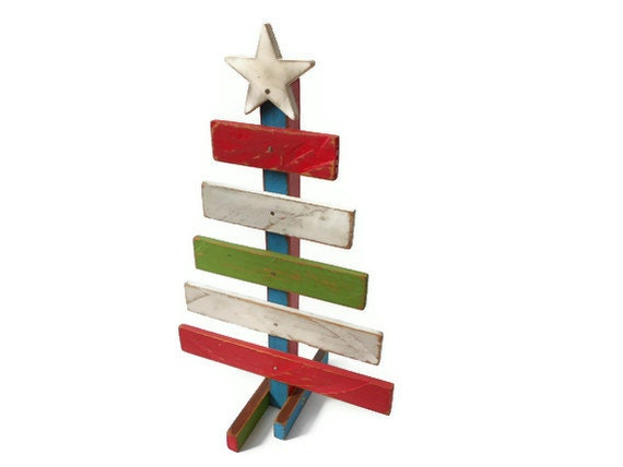Reclaimed Wood Christmas Tree - Hand Painted Christmas and Holiday ...