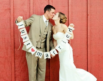 Just Married Burlap banner  - Wedding Banner - Photography shoot - Wedding GARLAND - Just Married