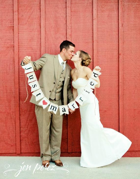 Just Married Burlap banner  - Wedding Banner - Photography shoot - Wedding GARLAND - wedding sign