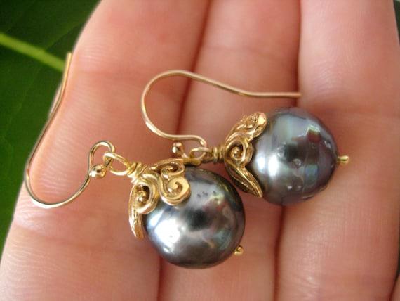 Tahitian Pearl Earrings, Gold