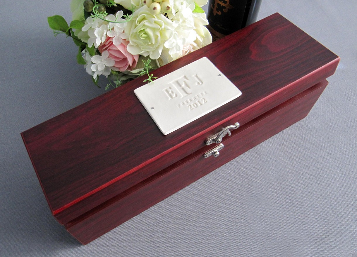 Wedding Gift Personalised: Personalized Wedding Gift Wine Box With Tools