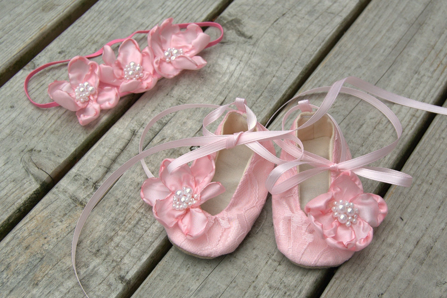 pink baby shoes matching band gift set by