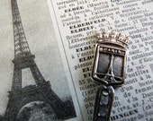 FREE SHIPPING, A Souvenir of  PARIS, Silver plated Teaspoon, with the Tour Eiffel.