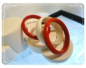 Vintage Retro Bangles in RED & WHITE - 1106a-082012000