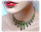 Dripping  Raindrops of Green Rhinestone Necklace  1314ag-22211000
