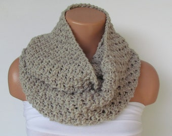 Hand Knitted Infinity Loop  Scarf,Neckwarmer,Beige Circle Scarf,Cowl, Winter Accessories, Fall Fashion,Holiday Accossories,Chunky Scarf.