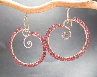 Hammered swirl gemstone earrings Luxe Bijoux 9