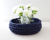 Blue crocheted basket - HomeSweetHomeDesign