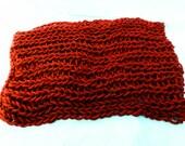 Chunky infinite loop scarf red