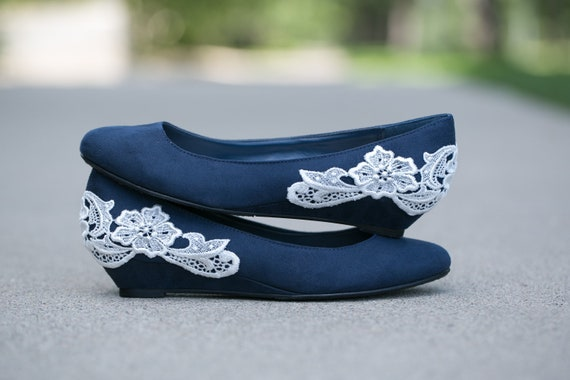 Navy blue ballet flat/low wedge wedding shoes with ivory lace applique. US Size 8