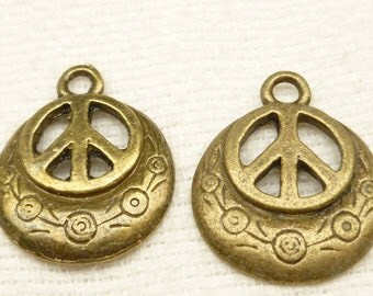 Tribal Look Peace Symbol Coin Pendant Charm (6)  - A73