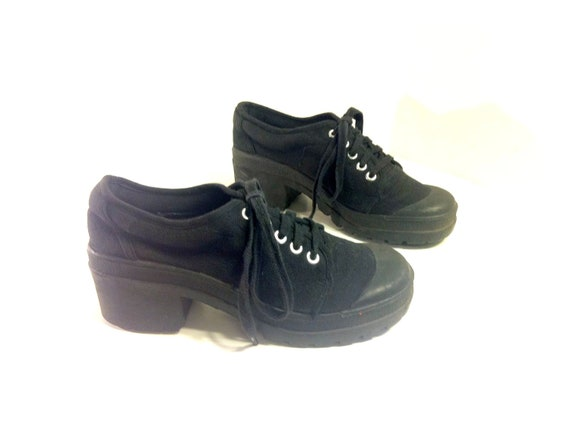 90s Platform Sneakers 8 - Black Canvas Chunk Heel Lace Up Bootie