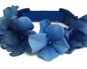 Dog Collar Blue Flower with Beads in the Middle, sizes 9 - 25 inches