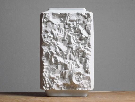Mid Century Modern bisque vase by Vohenstrauss Johann Seltmann (Bavaria)