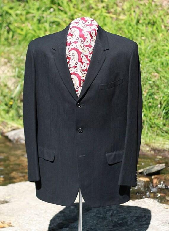 Sleek 1960s suit