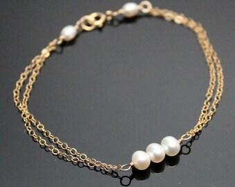 Gold PEARL Bracelet, Simple Pearl Bracelet, Past Present and Future, Bridesmaids Bracelet.