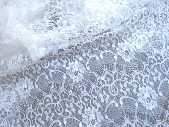 "Eyelash Fabric Lace Allover, Fat Quarter, White,18"" X 22"" inches, For Victorian & Romantic Projects"