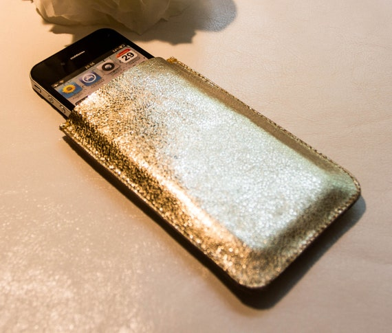 CLEARANCE: iPhone 4 gold color cowhide leather case. Ready to ship.