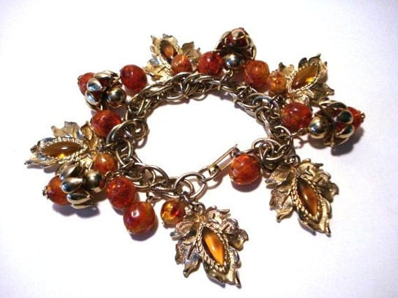 Vintage Charm Bracelet Orange Rust Color Leaves, Acorns, Berries Double Link Goldtone Chain
