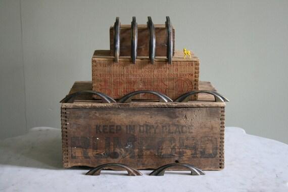 Set of 10 Vintage door pulls, door hardware, art deco cabinet hardware, brass hardware