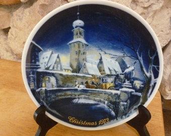 Vintage Royal Bayreuth 1973 Christmas plate