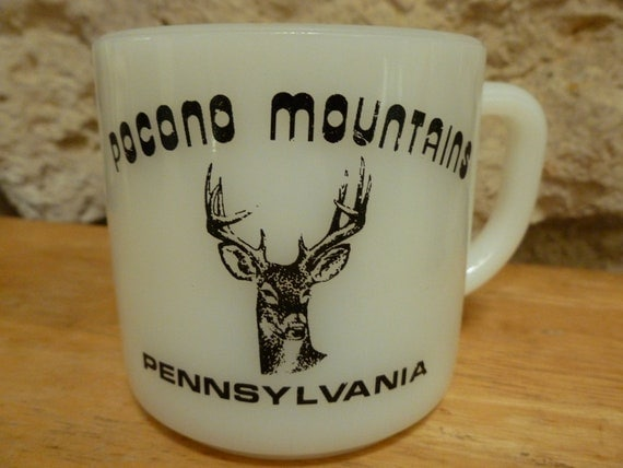 Vintage Pocono Mountains milk glass mug Federal Glass