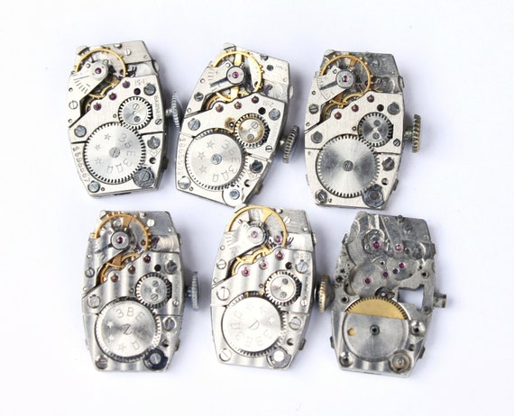 Set of 6 vintage mechanical watch movements, watch parts mixed media jewelery lot very small