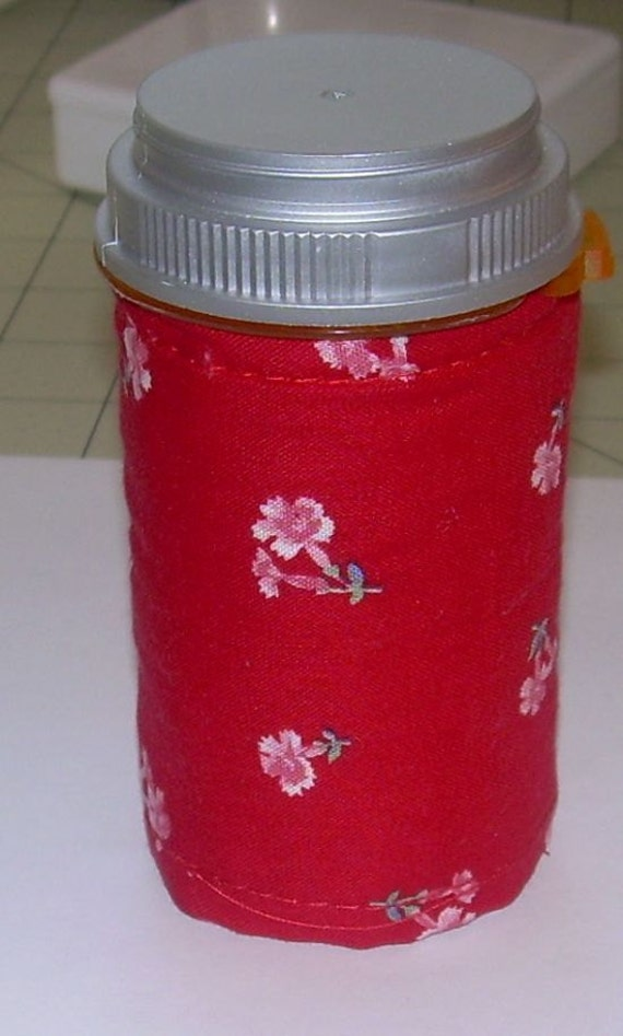 Travel MANICURE NAIL ART Kit in a Red with Pink Flowers Print Quilted Bottle 2 Polishes, 2 vials of nail Art, Emery Board, Cotton Swabs