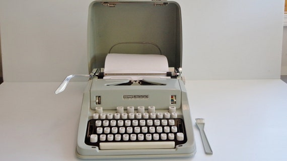 Hermes 3000 Seafoam Green Manual Typewriter with Cover 1950's-60's