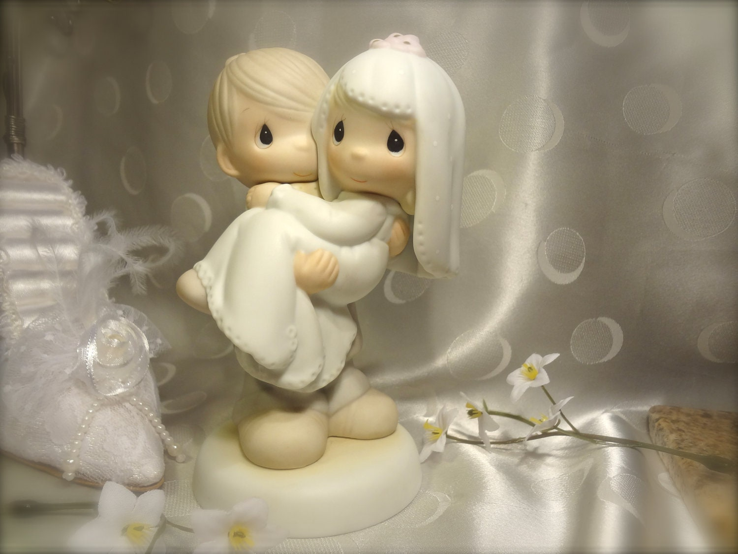 precious moment wedding cake topper precious moments wedding cake topper 18717