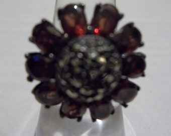 SS Garnet and Marcasite Ring