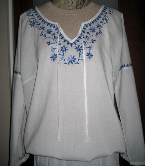 Vintage Mexican Embroidered Shirt Blouse Size L XL