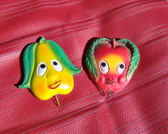 Retro Fruit Face Chalk wall hangings with hooks